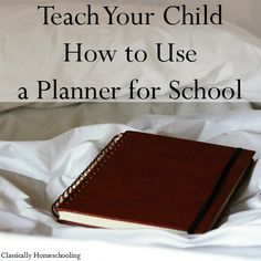 Teach your child how to use a planner for school!