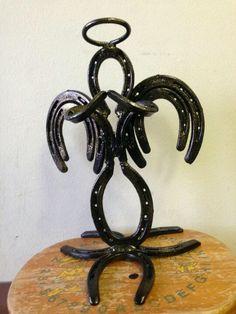 horse shoe art | Horse shoes | Horseshoe Art