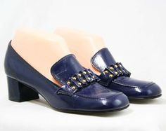 Hey, I found this really awesome Etsy listing at https://www.etsy.com/listing/220996604/1960s-navy-blue-shoes-size-6-12-m-slick