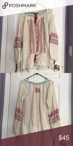 Free People's dress Women's size medium Free People's dress. Looks wrinkled only because it was folded in my closet. Free People Dresses