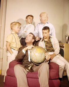 Tim Considine, William Frawley, Don Grady, Stanley Livingston, and Fred MacMurray in My Three Sons Don Grady, Tim Considine, William Frawley, Cast Images, My Three Sons, Tv Show Casting, Comedy Tv, Old Tv Shows, Vintage Tv