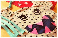 Lillelütt - Monstertasche, passend zu Halloween. Genäht nach dem Schnittmuster von FrauScheiner, wobei die Tragegriffe, Ohren und Haare nach eigener Idee umgesetzt wurden. Ja, süße Monster gehen auch ^^; Tasche für Süßes oder Saures, Trick or Treat.