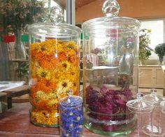 fleurs séchées rec (3) Popcorn Maker, Glass Vase, Kitchen Appliances, Vegan, Passion, Decor, Figs, Canning Jars, Preserves