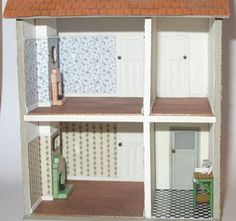 A 1930s styleHousekitby Jane Harrop The kit comes with everything you need to complete the basic house shown in the photos along withthefloorboards