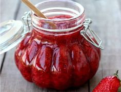 Deliciously sweet and refreshing strawberry chia seed jam that takes just 30 minutes to make from start to finish! Jam And Jelly, Liqueur, Canning Recipes, Chia Seeds, The Best, Caramel, Dessert Recipes, Food And Drink, Favorite Recipes