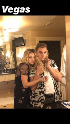 Bughead Riverdale, Riverdale Funny, Riverdale Memes, Archie Andrews Riverdale, Betty Cooper Riverdale, Lili Reinhart And Cole Sprouse, Cami Mendes, Riverdale Characters, Riverdale Cole Sprouse