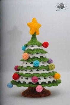 crochet Christmas trees