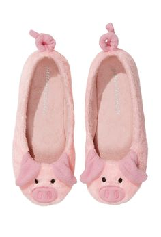 Piggy slippers from Peter Alexander - the curly tails are perfect! Cosy oinking feet!!