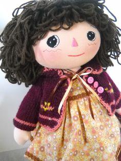 Daphnie   http://www.etsy.com/shop/daisieshandmadedolls