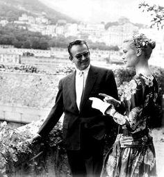"""Invitata al Festival di Cannes nel 1955, Grace incontra per la prima volta il Principe Ranieri, lui racconta al settimanale """"Oggi"""": «Devo dire che Grace mi colpì subito. Tra l'altro ella era una delle primissime ragazze americane con le quali avevo avuto modo di conversare». (Archivio RCS)"""