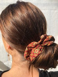 Excited to share this item from my shop: Large Fabric Scrunchie / Scrunchy Bohemian Burgundy Great Gatsby Hairstyles, Summer Hairstyles, Cute Hairstyles, Ponytail Bun, 50 Hair, Blonde Bobs, Trends, Shoulder Length Hair, Hair Ties