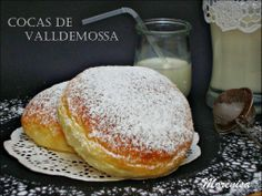 Mexican Food Recipes, Sweet Recipes, Donuts, Yummy Treats, Yummy Food, Spanish Desserts, Sweet Cooking, Pan Bread, Just Cakes