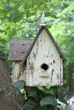 52 FLEA: Search results for bird house