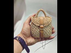 Crochet Purse Patterns, Crochet Bikini Pattern, Bag Crochet, Bag Patterns To Sew, Crochet Handbags, Crochet Purses, Childrens Purses, Crochet Bag Tutorials, Leather Clutch Bags