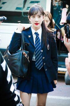 School Uniform Outfits, Cute School Uniforms, School Girl Outfit, Girls Uniforms, Kpop Girl Groups, Korean Girl Groups, Kpop Girls, Kpop Outfits, Girl Outfits