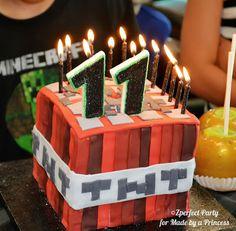 Mine craft brithday cake