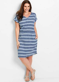 9c2ff8969317 A laid back cotton jersey dress with turn-up sleeve hems