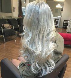 Die 2102 Besten Bilder Von Fifty And Faboulos In 2019 Grey Hair