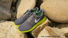 the best attitude 6891f 409b4 comprare scarpe online Nike Kaishi Run Grigio lupo   Fluorescent Giallo    Bianco Sails 654473-