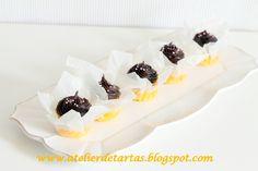 Mini bizcocho de chocolate con cobertura de ganache de chocolate