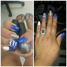 #nailsdid #Bluechevronnails #sinfulcolorscharmed #sinfulcolorsendlessblue #lovelove done by @jennynguyen918 att art nails2 in tulsa ok