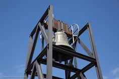 #Olympische #Glocke (http://www.everythingbarcelona.net/sehenswuerdigkeiten/der-olympische-ring-am-berg-montjuic/)