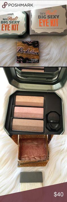✨Benefit BIG SEXY EYE kit! FREE Blush powder! ✨ ✨ Beyoud nude, Naughty  neutral and Bombshell Brawn ✨ Benefit Makeup Eyeshadow