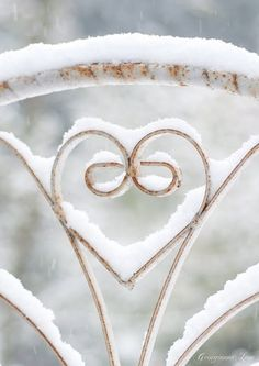 Snowy iron heart- this would be a great back for chairs. :D