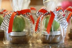 Share →45011If you're having a fall wedding shower and you want the perfect favors, these are fantastic. Not only are they great, but they're inexpensive and you can make them yourself! It can be a lot of fun and your guests are sure to love them. Here's what you'll need: 1 Apple for Each Guest …