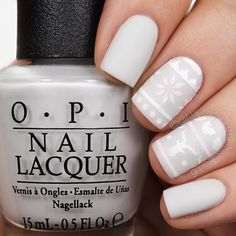 Merry Christmas Eve! Tutorial for these subtle Sweater nails will be up tomorrow!  @opi_products I Cannoli Wear OPI Alpine Snow Let's Be Friends and Matte Top Coat @whatsupnails Build Your Own Sweater Vinyls and Dance 21 Brush @sechenails Seche Vite