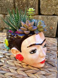 Frida Kahlo Planter/Mug for Sale in Los Angeles, CA - OfferUp - Trend Innen Pflanzen 2020 Face Planters, Ceramic Planters, Succulent Pots, Succulents, Flower Vases, Flower Pots, Kahlo Paintings, Pottery Techniques, Pottery Sculpture