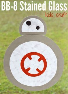 Easy Stained Glass BB-8 Kids Craft for Star Wars: The Force Awakens | Adorable and easy BB-8 Kids Craft for the newest Star Wars movie