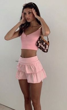 Cute Casual Outfits, Pretty Outfits, Summer Outfits, Mode Outfits, Girl Outfits, Fashion Outfits, Fashion Trends, Fashion Tips, Fashion Articles