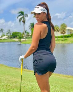 When it comes to golf, the ball you play with is as important as the fundamentals. Let Golf Ball Junkie help you find the right ball for your game! Sexy Golf, Girls Golf, Ladies Golf, Golf Fashion, Sport Fashion, Women's Fashion, Golf Etiquette, Sports Today, Female Athletes