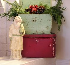 Crusty & chippy paint boxes with a vintage santa = totally my style