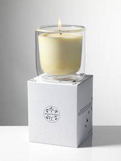 Beautiful scented candle by Jardins Florian Votive Candles, Scented Candles, Cubes, Candle Packaging, Candle Labels, Box Packaging, Home Spray, Candles In Fireplace, Summer Scent