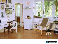 Prenájom zar. garsónky /30 m2/ na Svätoplukovej - Byty - Bratislava - Ružinov - Inzercia - okinzercia.sk | inzeráty • katalóg • aukcie Bratislava, Accent Chairs, Divider, 30, Room, Furniture, Home Decor, Upholstered Chairs, Bedroom