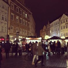 Holiday Travel, Prague, Old Town, The Good Place, Street View, Europe, Instagram Posts, Fun, Old City