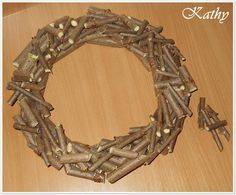 Adventní věnec christmas wreath :: Kathy Christmas Wreaths, Merry Christmas, Decoration, Party Themes, Diy, Ramadan, Advent, Easter, Jewelry