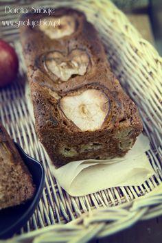 Łatwe ciasto cynamonowe z jabłkiem
