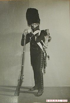 Sous officier du 23e chasseurs Empire, French, Hunters, Guns, Military Personnel, French People, French Language, France