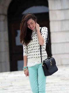 Sarah Vickers of Classy Girls Wear Pearls wears a J.CREW sweater and pants, PINK PINEAPPLE necklace, and MULBERRY bag.