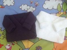 Lot 2 BRASSIÈRES gilets cache-cœur : Mode Bébé par veronique-patch-crochet-tricot