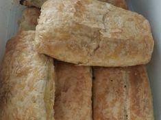 Μπουρεκάκια πασχαλινά μερακλίδικα Bread, Food, Breads, Hoods, Meals, Bakeries
