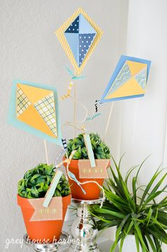 spring mantel decor ideas  |  greyhouseharbor.com School Decorations, Paper Decorations, Festival Decorations, Kite Template, Kite Decoration, Kites Craft, Craft Art, Birthday Cale, Birthday Ideas