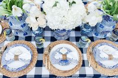 how to: stylish outdoor table set up for brunch