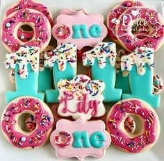 Donut Sprinkles One Is Sweet You Donut Want to Miss This First Birthday Cookies - Donut recipes First Birthday Cookies, 1st Birthday Party For Girls, Donut Birthday Parties, Donut Party, Birthday Ideas, Donut Birthday Cakes, 2nd Birthday, Birthday Quotes, Birthday Decorations