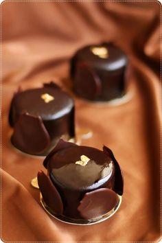 Little chocolate french dessert
