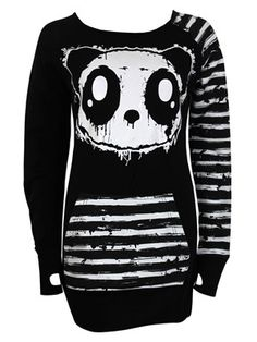 If you want to make an impression then this Killer Panda ladies jumper is guaranteed to cause a fuss. Featuring the wide eyed face of the black and white bear, this back zipped jumper is the perfect way to keep warm. Officially licensed.
