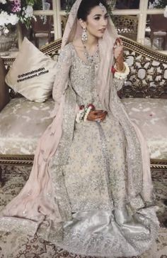 Pakistani Gowns, Beautiful Pakistani Dresses, Pakistani Wedding Dresses, Bridal Looks, Bridal Style, Bridal Outfits, Bridal Dresses, Indian Bridal, Traditional Dresses